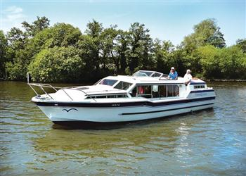 Boating holidays on Emerald Emblem (BH1728) from Ferry Marina, Norwich
