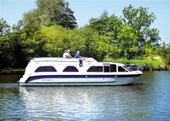 Boating holidays on Golden Emblem (BH1722) from Ferry Marina, Norwich