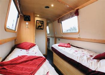 Boating holidays on Mrs B (BH2423) from Clifton Cruisers (Stoke), Rugby