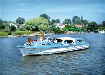 Boating holidays on Sparkling Emblem (BH2151) from Ferry Marina, Norwich
