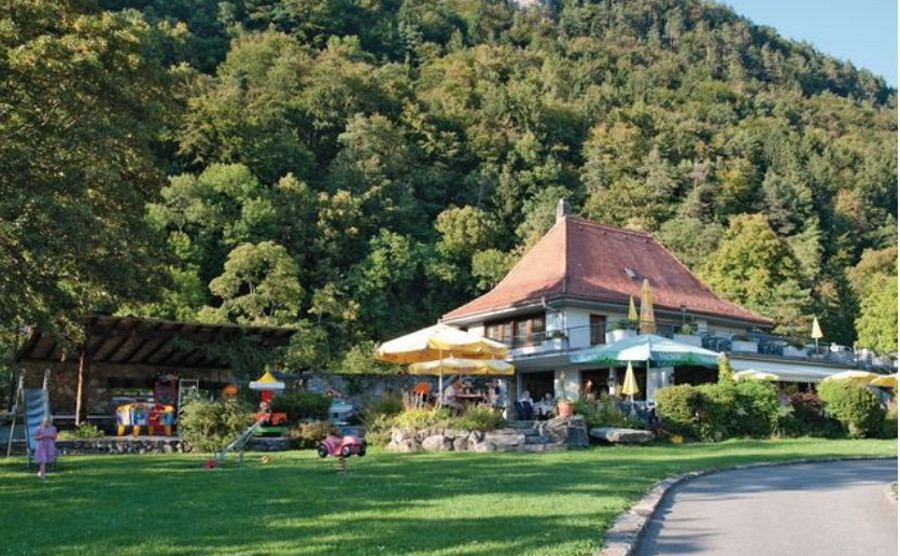 Hoseasons holiday parks in Switzerland