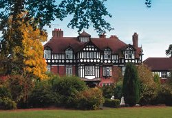 Alvaston Hall Breaks : Warner Break Resort Locations
