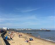 Costa del Southwold - a summer's day in the Suffolk town of Southwold