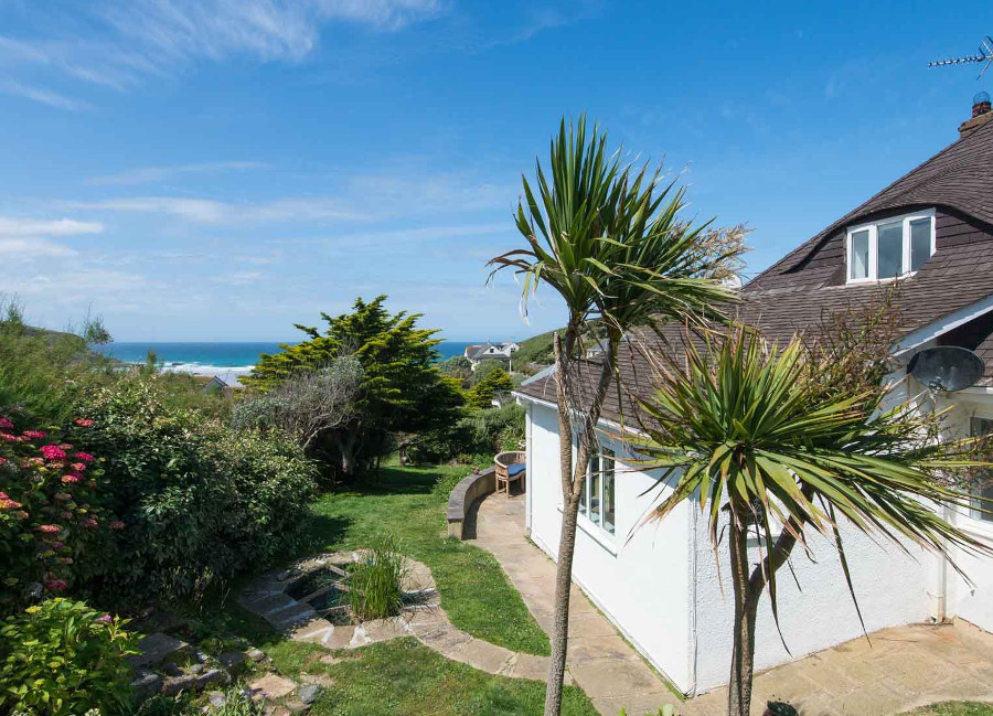 The views from Blue Seas over Mawgan Porth