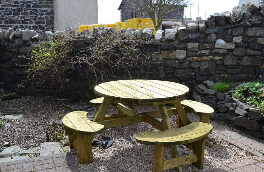 Bramble Cottage has an enclosed garden, ideal for a brew after a day on the beach!
