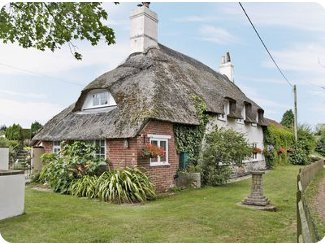Colts Close Cottage Near Wool In Dorset Is A Thatched Holiday Cottage And Sleeps 8 People