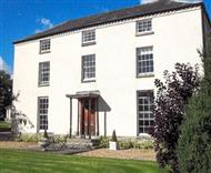 Hindwell Farmhouse in Powys