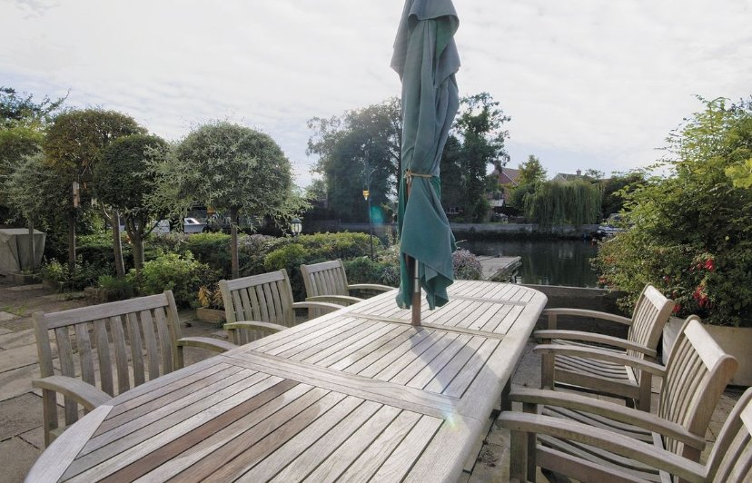 Relax on the terrace at The Ship in Beccles
