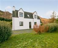 Torburn Cottage in Scottish Highlands