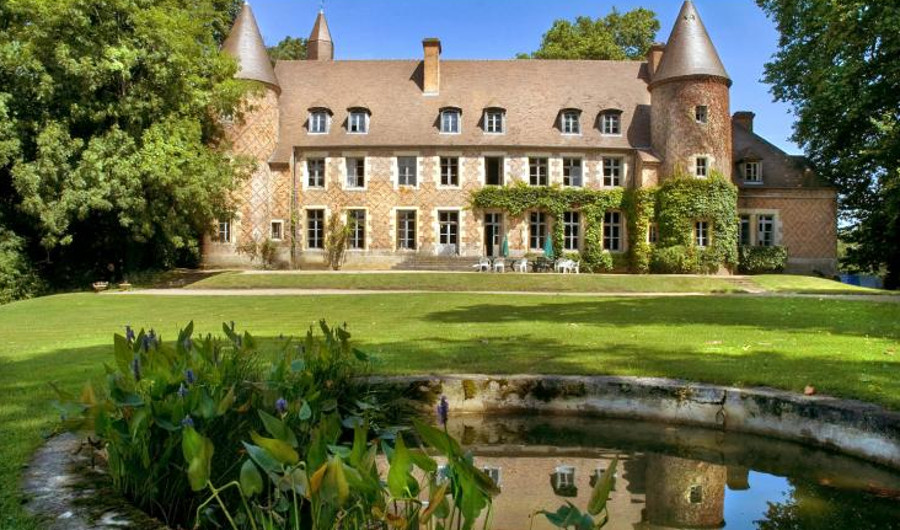Chateau Du Marquis De Tracy in Paray le Fresil, Burgundy